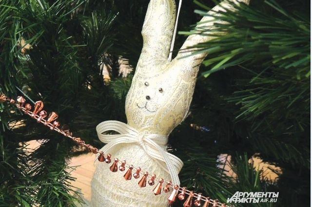 Девочкам на елке очень понравилось