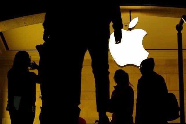 СМИ Apple потеряет миллиарды долларов после скандала со старыми iPhone