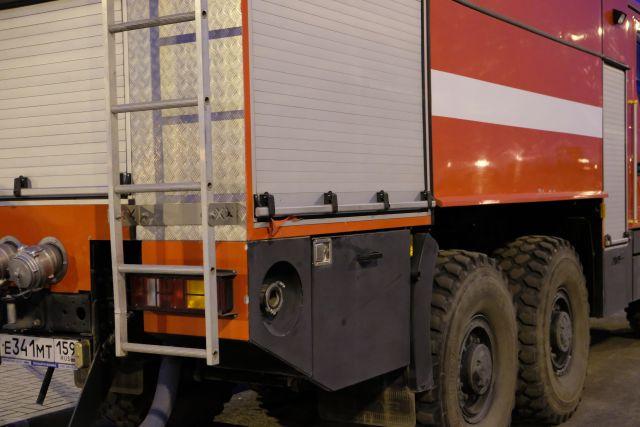 В Оренбурге ночью в Степном районе загорелся автомобиль.