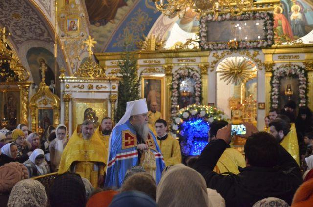 Праздничные богослужения пройдут вростовских храмах вРождественскую ночь