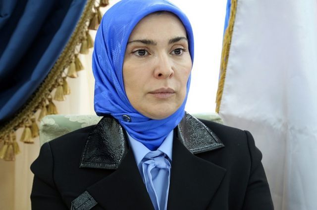 ЦИК отказал врегистрации группе избирателей, выдвинувшей супругу муфтия Дагестана Гамзатову