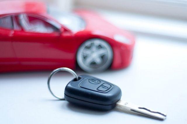Полицейские Тазовского района получили авто за отличную службу