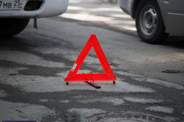 На автотрассе «Львов-Шегини» микроавтобус столкнулся слегковушкой: пострадали семь человек