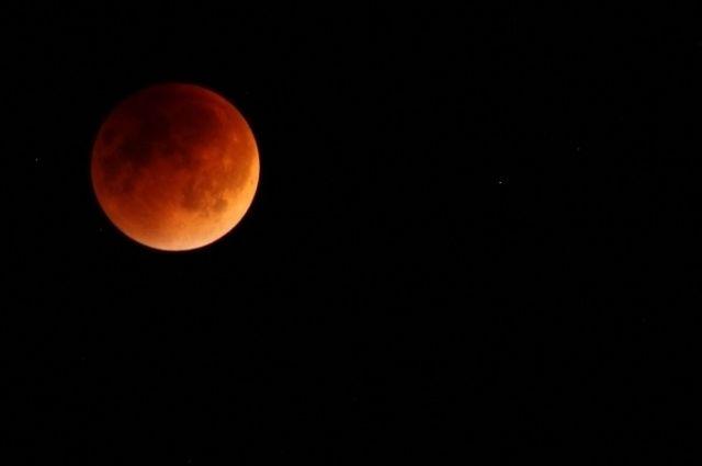 В Барнауле будет видно полное лунное затмение.