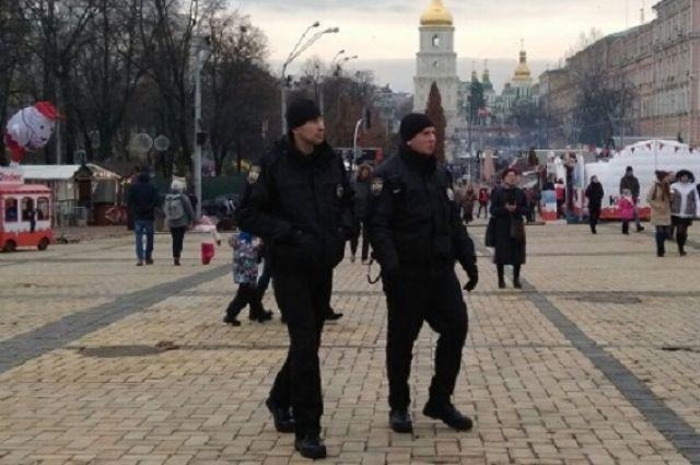 НаРождество правопорядок около храмов будут охранять 18 тыс. полицейских инацгвардейцев