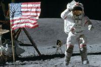 В США умер астронавт, который дважды побывал на Луне
