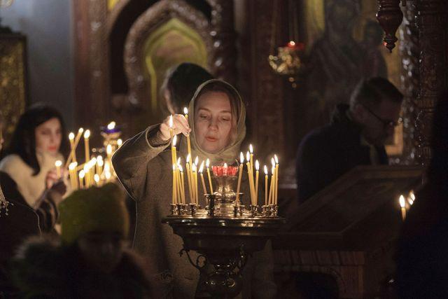 Рождественскую службу вУспенском кафедральном соборе посетил Алексей Дюмин