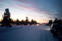 У зимника «Салехард – Надым» собрался караван из автомобилей