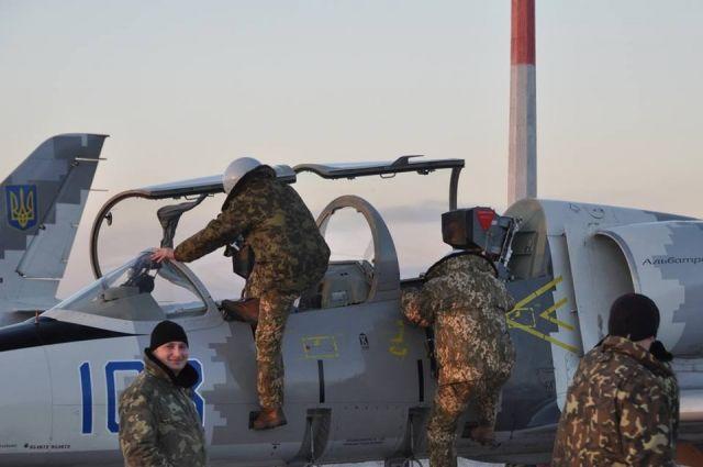 Воздушные силы Украины провели первые командирские полеты в 2018 году