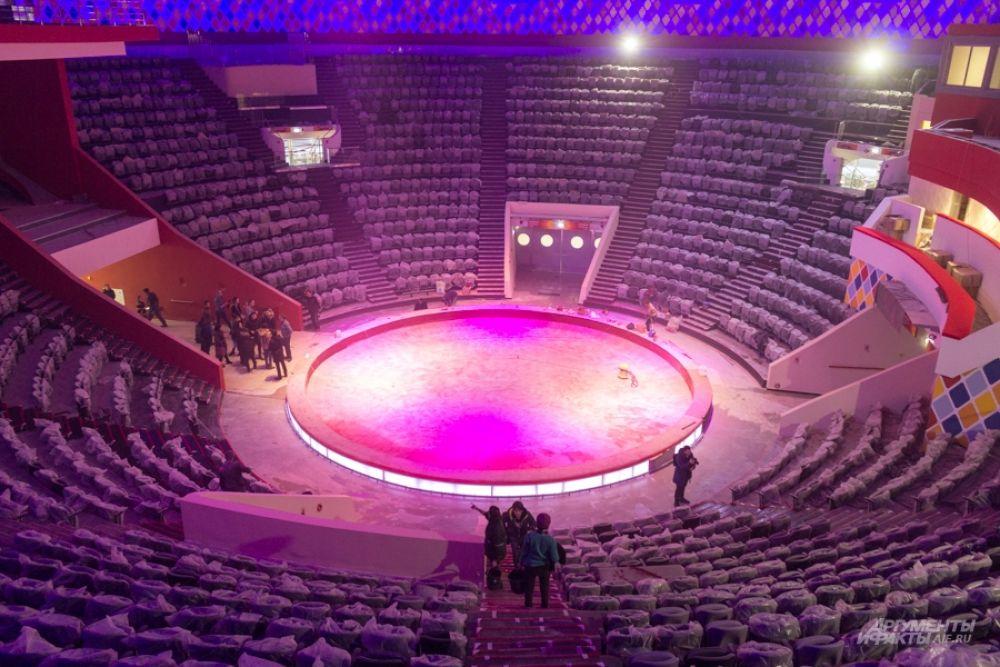 Арена в стадии завершения.