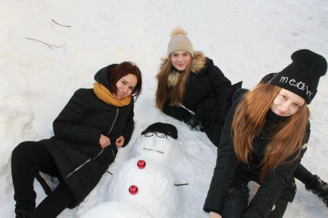 Впервые ОНФ со студентами техникума экономики и права Центро- союза провели «Баттл снеговиков». Каждому придумали историю и сняли на видео, разместив его в интернете.