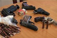 За добровольную сдачу оружия полагается вознаграждение.