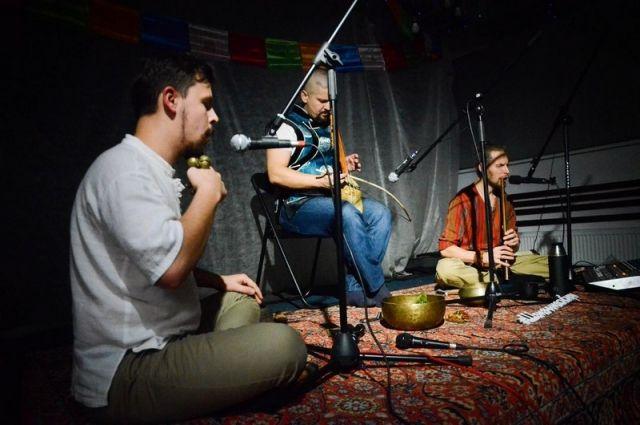 Тюменцы узнают о проблематике и истории становления современной музыки