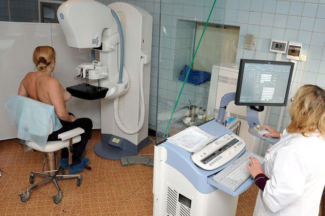 Маммолог по показаниям может направить на скрининг