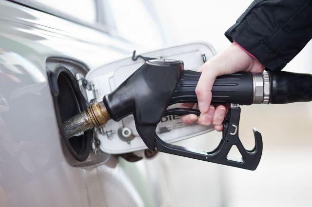 В Украине водителей переводят на новый стандарт бензина для авто