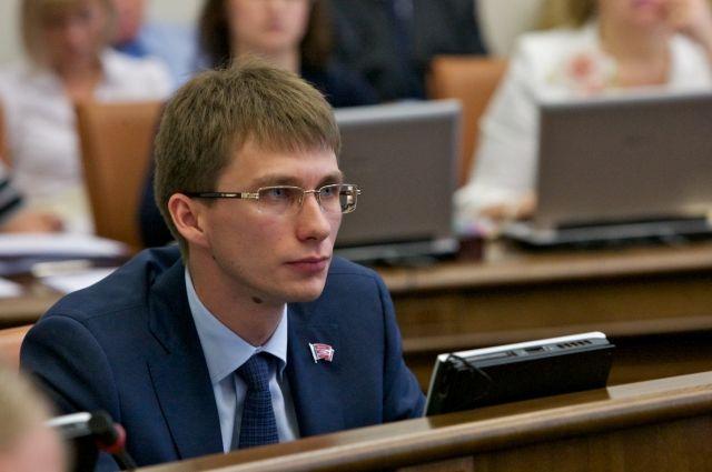 Седов был в то время самым молодым депутатом Заксобрания.