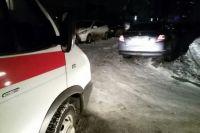 На Лесобазе автомобиль не пропустил автобус: трое пассажиров в больнице