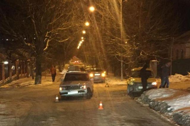 Пассажирка такси пострадала вДТП вЛермонтове