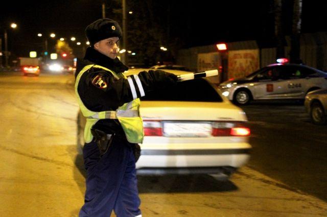 Скрываясь от полицейских, подросток попал в аварию.