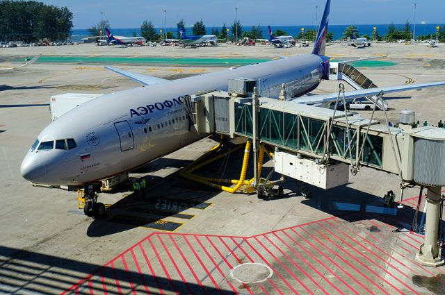 Супруга  Аршавина предлагала взятку бортпроводнице «Аэрофлота» перед снятием рейса