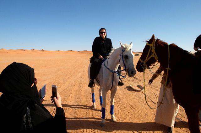 Женщины старше 25 лет смогут посещать Саудовскую Аравию без сопровождения мужчин
