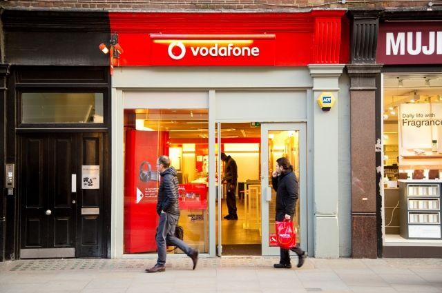 Оператор Vodafone отказывается восстанавливать связь в районах Донбасса