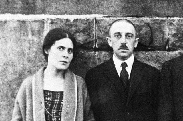 Лиля и Осип Брик. Париж, 1923 г.