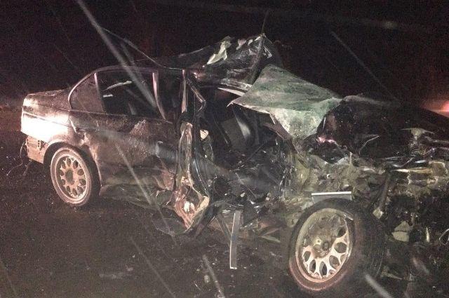 НаВолыни автомобиль врезался вавтобус, есть жертвы