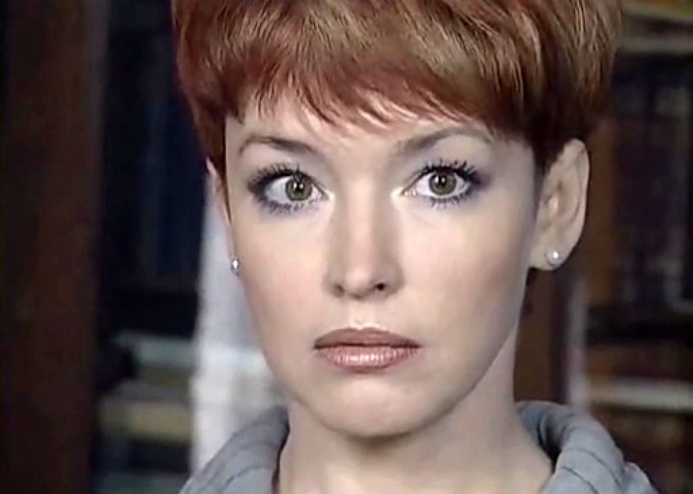 В криминальном сериале «Бандитский Петербург» Самохина сыграла Екатерину Званцеву. Она пришла на смену актрисе Ольге Дроздовой и, по оценкам критиков, сыграла ничуть не хуже.