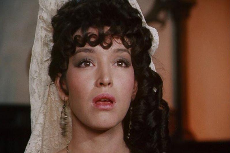 Среди заметных киноработ актрисы можно выделить роль в Яна Фрида «Дон Сезар де Базан» (1989), где партнерами Самохиной были Михаил Боярский и Юрий Богатырев.