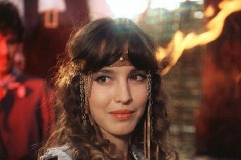 В 1987 году Анна Самохина получила главную женскую роль Мерседес в фильме Георгия Юнгвальд-Хилькевича «Узник замка Иф» (1988) по роману Александра Дюма «Граф Монте-Кристо».