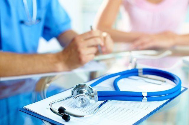 Сподозрением нагепатит, АвНиколаеве отправлены вмедучереждение 64 человека