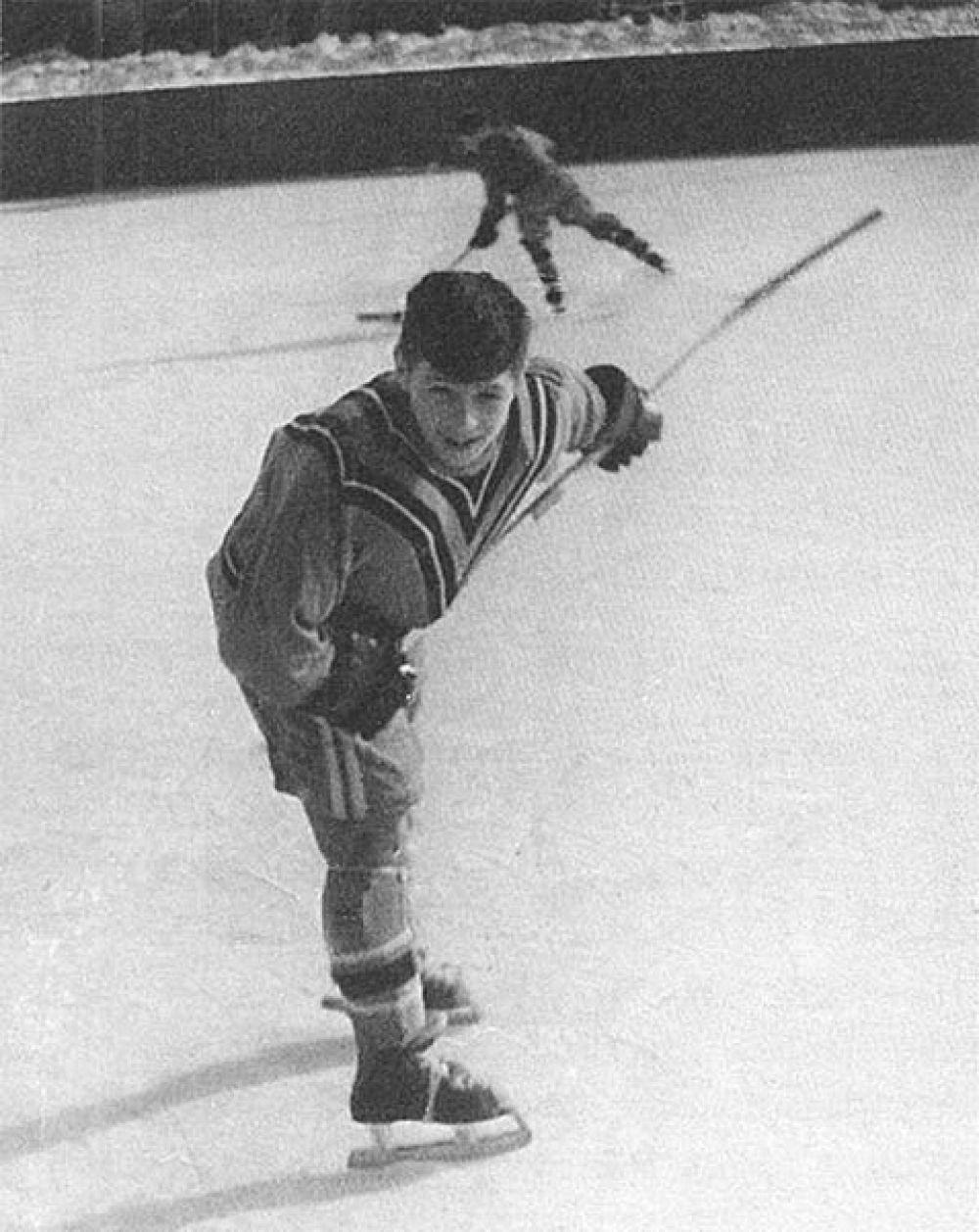 Валерий Харламов в юности.