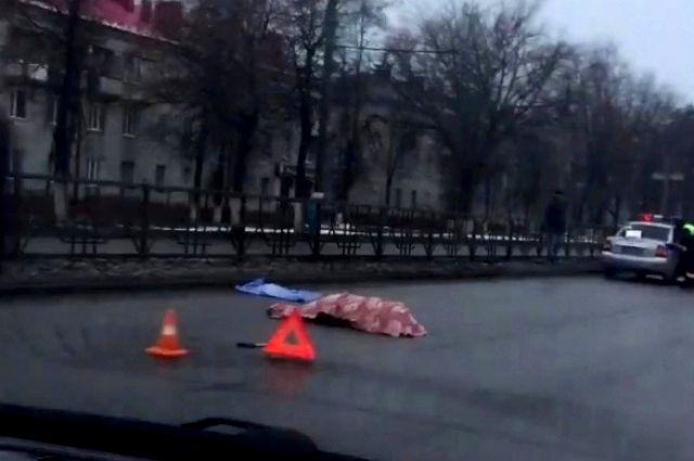 Пешеходов сбили в вечернее время