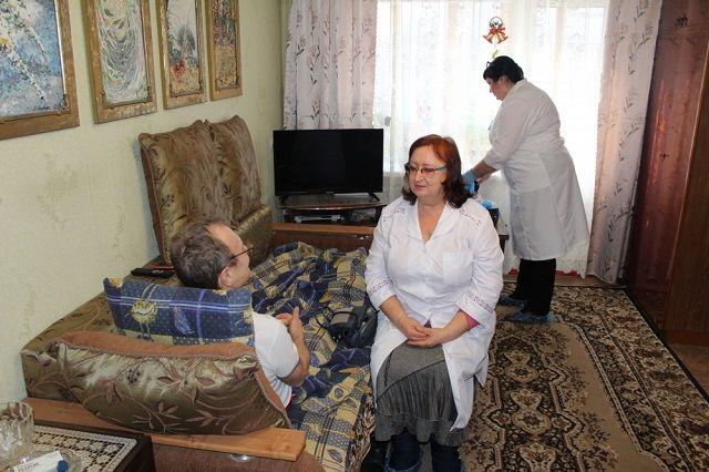 Основной контингент пациентов составляют лица старше 70 лет.