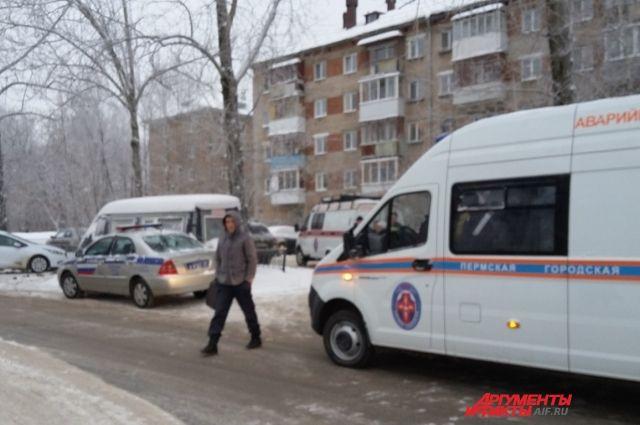 На место происшествия выехали восемь бригад скорой помощи.