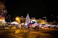 В Киеве сегодня разберут главную елку страны