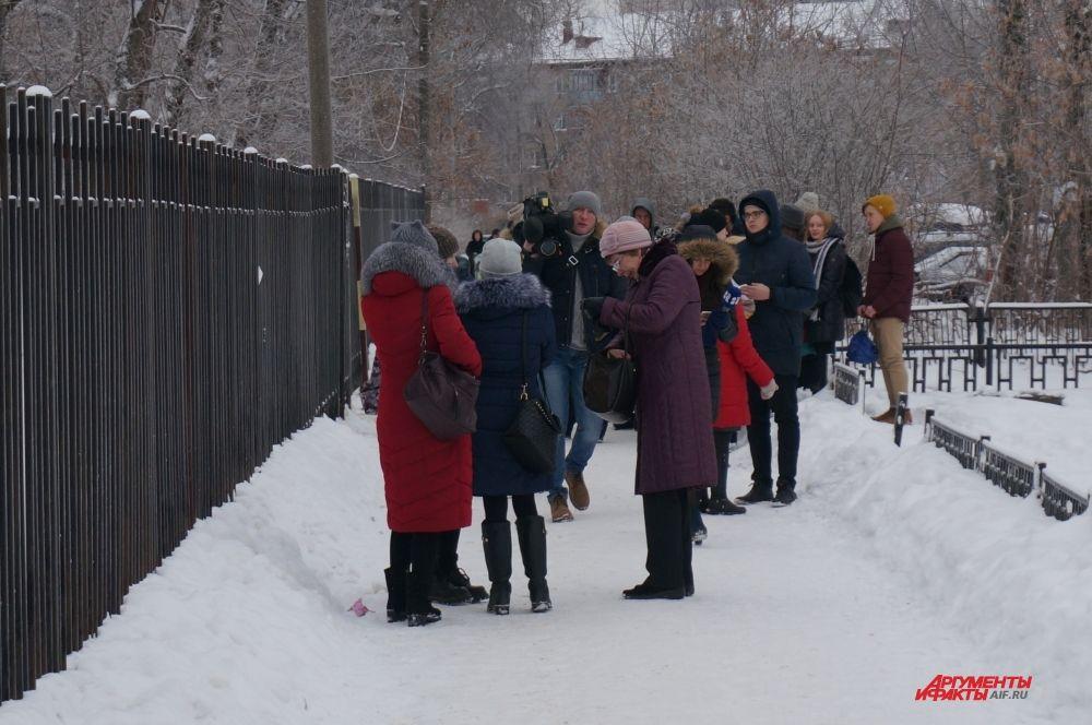 К месту ЧП выехали руководители города и края, журналисты всех СМИ.