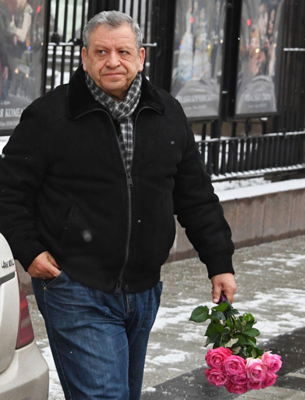 Режиссер Борис Грачевский.
