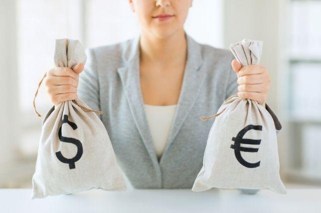 В долларах или евро? В какой валюте хранить сбережения в 2018 году