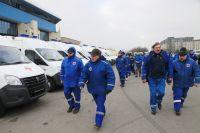 Минпромторг подарил Калининграду 50 школьных автобусов и «скорых».