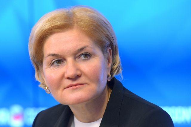 Голодец пообещала усилить меры безопасности в российских школах