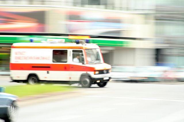 Ученический автобус вГермании врезался в сооружение: есть пострадавшие