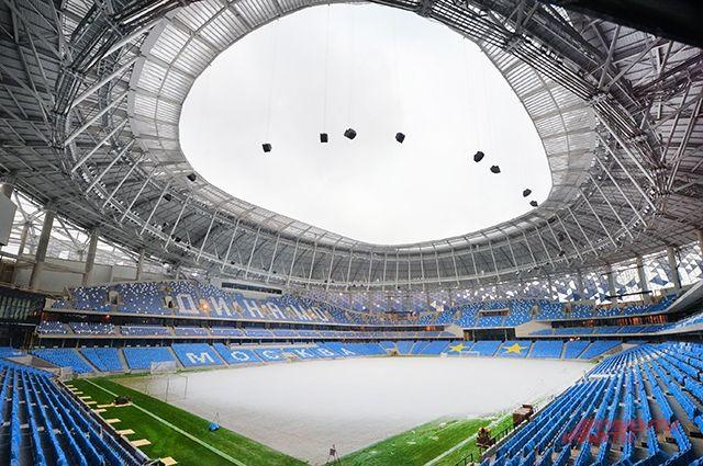 Зелёный газон стадиона «Динамо» - это крыша для музея, магазина и парковки.