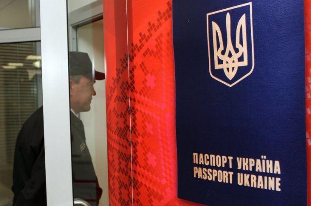 ВУкраинском государстве обещали ликвидировать очереди назагранпаспорта