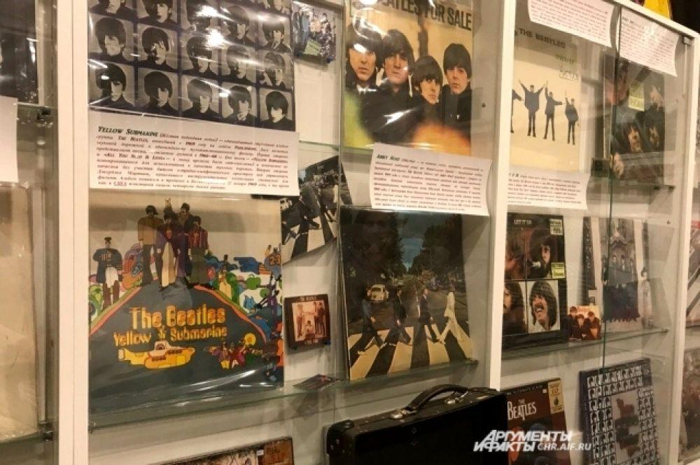 В коллекции есть оригиналы всех дисков 60-х годов.