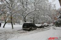 Автомобилисты Калининграда жалуются на неочищенные от снега дороги.