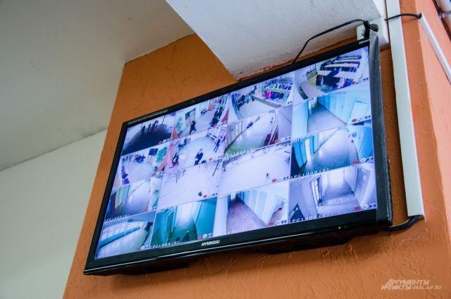 Из-за трагедии вПерми вкировских школах усилят меры безопасности