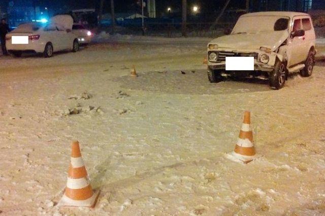 ВСтаврополе неопытная автоледи влетела в«Ниву»
