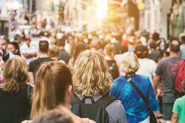 Политолог Михаил Магид: «Города затягивают людей, как чёрные дыры»